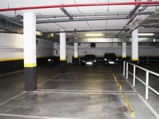 Garaje en venta en Villalbilla