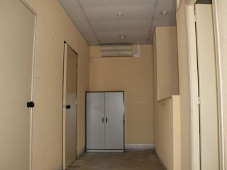 Local en venta en Tres Cantos de 68  m²
