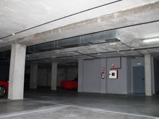 Plaza de garaje en venta en Promoción PLAZAS DE GARAJE AVDA. JULIO FUENTES. en Boadilla del Monte 2