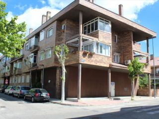 Local en venta en Villanueva Del Pardillo de 228  m²