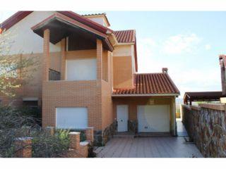 Chalet en venta en Aranjuez de 235  m²