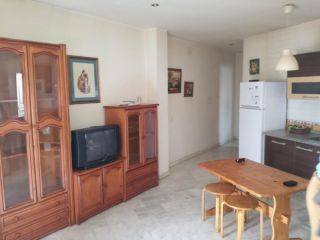 Piso en venta en Sanlúcar La Mayor de 81  m²