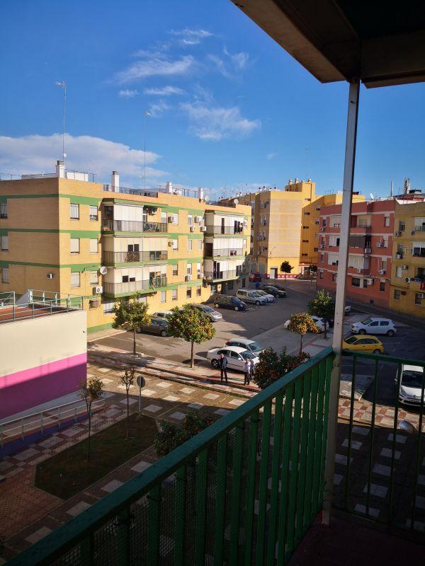 Calle Ramon J. Sender, 4 -3º C