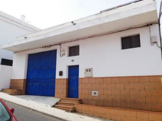 Nave en venta en Santa Cruz De Tenerife de 817  m²
