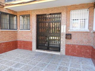 Piso Calle PUENTELARRA Nº 26 2