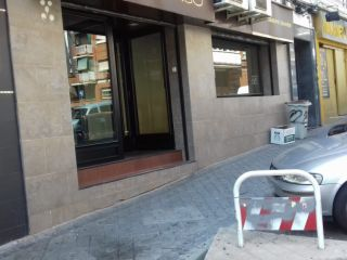 Local en venta en Madrid de 120  m²