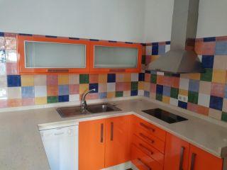 Chalet en venta en Carmona de 63  m²