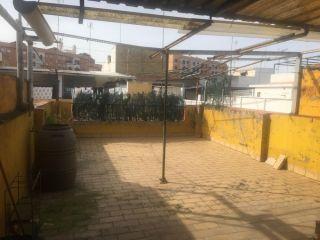 Chalet en venta en Sevilla de 183  m²