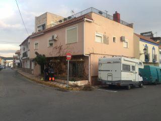 Unifamiliar en venta en Los Barrios de 284  m²